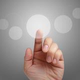 αρσενική αφή οθόνης σημείου διαπροσωπειών χεριών στοκ φωτογραφία