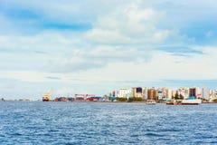 ΑΡΣΕΝΙΚΟ, ΜΑΛΔΊΒΕΣ - 27 ΝΟΕΜΒΡΙΟΥ, 2016: Άποψη της πόλης του αρσενικού στοκ εικόνα
