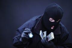 Αρσενικός κλέφτης η σκηνή εγκλήματος Στοκ Φωτογραφίες