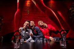 αρσενικό ελάφι συμβαλλό&mu Στοκ Φωτογραφίες