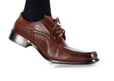 αρσενικό παπούτσι μετακίν&e Στοκ Εικόνα