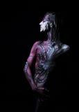 Αρσενικό σώμα-τέχνης πέρα από το μαύρο υπόβαθρο Στοκ εικόνα με δικαίωμα ελεύθερης χρήσης