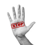 Αρσενικό χέρι με τη στάση γραμματοσήμων στοκ εικόνες