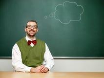 Αρσενικό nerd που σκέφτεται Στοκ φωτογραφία με δικαίωμα ελεύθερης χρήσης