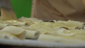 Αρτοποιείο και γλυκό κουλούρι απόθεμα βίντεο