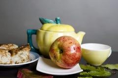 Αρτοποιείο και Apple Στοκ Φωτογραφία