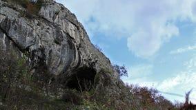 Αρχέγονη σπηλιά Timelapse ηλικιών φιλμ μικρού μήκους