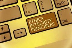 Αρχές ακεραιότητας ηθικής γραψίματος κειμένων γραφής Έννοια που σημαίνει την ποιότητα της ύπαρξης τίμιος και της κατοχής του ισχυ στοκ εικόνα