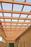 Αρχίστε το ξύλινο σπίτι κατασκευής Στοκ φωτογραφία με δικαίωμα ελεύθερης χρήσης