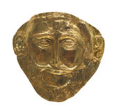 Αρχαία αιγυπτιακή χρυσή μάσκα που απομονώνεται. Στοκ Φωτογραφία