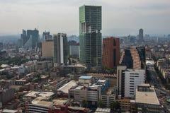 αρχαία αρχιτεκτονική σύγχ Εναέριο τοπίο Πόλη του Μεξικού, οδός άποψης Reforma στοκ εικόνα με δικαίωμα ελεύθερης χρήσης