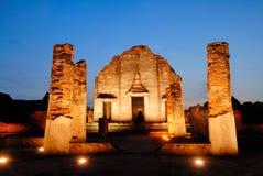 Αρχαία αρχιτεκτονική Wat Pra Sri Ratana Mahatat παγοδών σε Lopbur Στοκ Φωτογραφία