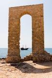 αρχαία αψίδα Στοκ φωτογραφία με δικαίωμα ελεύθερης χρήσης