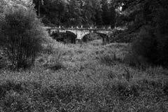 Αρχαία γέφυρα τούβλου Στοκ φωτογραφία με δικαίωμα ελεύθερης χρήσης