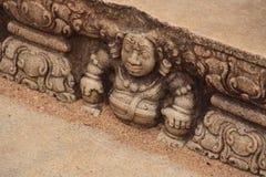 Αρχαία γλυπτική σε μια πέτρα, Σρι Λάνκα Στοκ Εικόνα