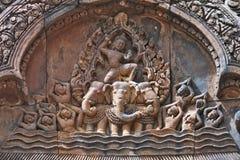 Αρχαία ιερή bas-ανακούφιση σε Angkor Wat, Καμπότζη Στοκ Φωτογραφίες