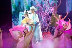 Αρχαία ιστορία αγάπης--Ιστορικός μαγικός ο μαγικός δράματος τραγουδιού και χορού ύφους - Gan Po Στοκ εικόνα με δικαίωμα ελεύθερης χρήσης