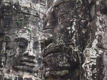 Αρχαία κινηματογράφηση σε πρώτο πλάνο προσώπου του Βούδα πετρών στοκ εικόνα