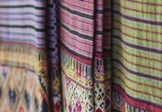 Αρχαία κλωστοϋφαντουργικά προϊόντα βαμβακιού/λαϊκά κλωστοϋφαντουργικά προϊόντα της Ταϊλάνδης Στοκ εικόνες με δικαίωμα ελεύθερης χρήσης