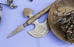Αρχαία μεσαιωνικά όπλα Στοκ Εικόνες