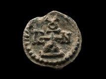 Αρχαία μετα σφραγίδα φιαγμένη από μόλυβδο με το μονόγραμμα σε το Στοκ Φωτογραφίες