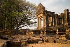 Αρχαία πέτρινη δομή κοντά στο πεζούλι των ελεφάντων σε Angkor Thom Στοκ Εικόνες