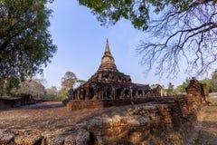 Αρχαία παγόδα με τα συνημμένα αγάλματα ελεφάντων σε Wat Chang Lom α στοκ φωτογραφίες με δικαίωμα ελεύθερης χρήσης