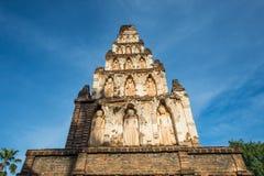 Αρχαία παγόδα σε Wat Jamadhev Στοκ Φωτογραφίες