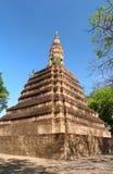 Αρχαία παγόδα στον ταϊλανδικό ναό Στοκ φωτογραφία με δικαίωμα ελεύθερης χρήσης