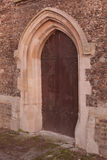 Αρχαία παλαιά γοτθική πόρτα Στοκ Φωτογραφίες