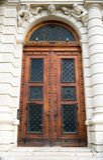 αρχαία πόρτα σχεδίου ξύλινη Στοκ Φωτογραφία