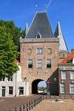 Αρχαία πύλη πόλεων το Koornmarkt σε Kampen Στοκ Εικόνες