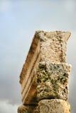 Αρχαία στήλη στην Ιορδανία Στοκ φωτογραφία με δικαίωμα ελεύθερης χρήσης