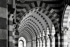 Αρχαία στοά αψίδων αρχιτεκτονικής Στοκ Φωτογραφία