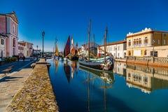 αρχαία sailboats στον ιταλικό λιμένα καναλιών Στοκ Φωτογραφία