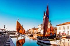 αρχαία sailboats στον ιταλικό λιμένα καναλιών Στοκ εικόνες με δικαίωμα ελεύθερης χρήσης