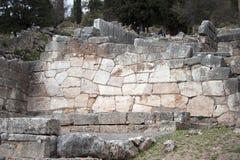 αρχαίες καταστροφές μουσείων των Δελφών Ελλάδα Ελλάδα Στοκ εικόνα με δικαίωμα ελεύθερης χρήσης