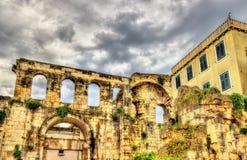 Αρχαίες καταστροφές στο παλάτι Diocletian - διάσπαση στοκ εικόνες