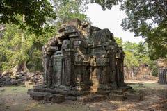 Αρχαίες καταστροφές του ναού Krol Ko σε Angkor Wat σύνθετο, Καμπότζη Κατεδαφισμένος ινδός ναός στο δάσος στοκ φωτογραφίες με δικαίωμα ελεύθερης χρήσης