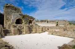 Αρχαίες ρωμαϊκές καταστροφές στην ακτή Στοκ Φωτογραφίες