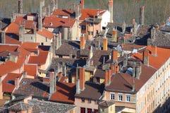 αρχαίες στέγες της Γαλλίας Λυών Λυών πόλεων στοκ εικόνα