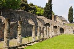 αρχαίες στήλες Ρωμαίος Στοκ Εικόνες