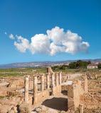 Αρχαίες στήλες ναών στο αρχαιολογικό πάρκο της Kato Πάφος, Cypru Στοκ φωτογραφίες με δικαίωμα ελεύθερης χρήσης