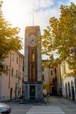 Αρχαίος πύργος ρολογιών στην Ιταλία, Arona Στοκ φωτογραφία με δικαίωμα ελεύθερης χρήσης