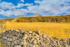 Αρχαίος πύργος στην επαρχία Στοκ Φωτογραφίες