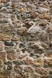Αρχαίος τοίχος πετρών ενός φρουρίου θάλασσας Τεκτονική των παλαιών πετρών και των τούβλων Όμορφη ανασκόπηση Στοκ Εικόνες