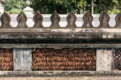 Αρχαίος τοίχος του μουσείου Hor Phra Keo σε Vientiane, Λάος Στοκ Φωτογραφίες