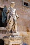 Αρχαίο άγαλμα ενός αγγέλου σε Castel Sant ` Angelo στη Ρώμη στοκ φωτογραφία με δικαίωμα ελεύθερης χρήσης