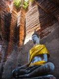 Αρχαίο άγαλμα του Βούδα στο βουδιστικό ναό Στοκ εικόνες με δικαίωμα ελεύθερης χρήσης