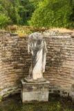 Αρχαίο άγαλμα γυναικών στην περιοχή του Dion Archeological στην Ελλάδα Στοκ εικόνες με δικαίωμα ελεύθερης χρήσης